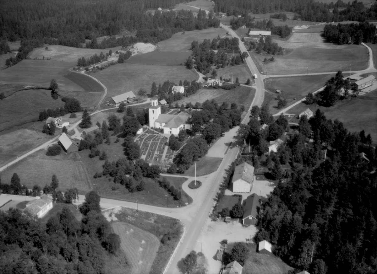 Flygfoto över Svenarum i Vaggeryds kommun, Jönköpings län. 1237/ 1966