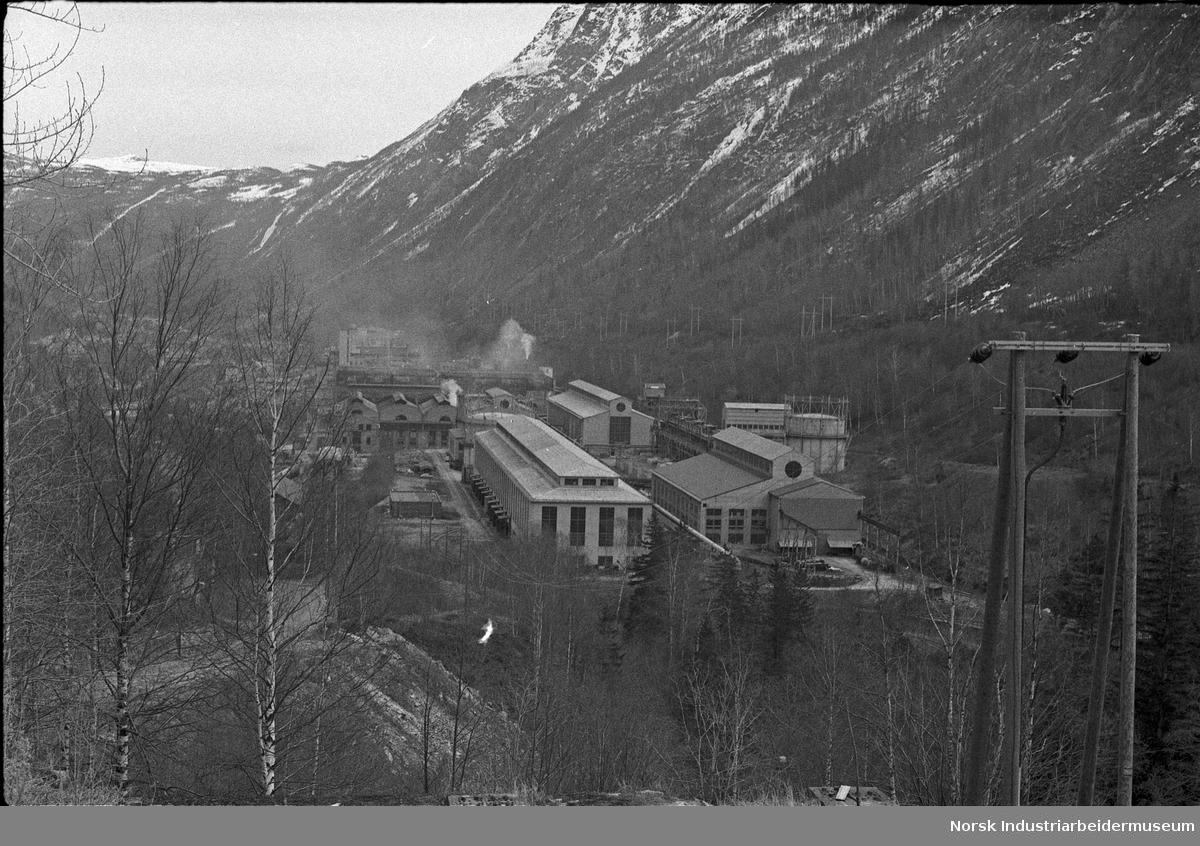 Overblikksbilde over Rjukan Fabrikker.