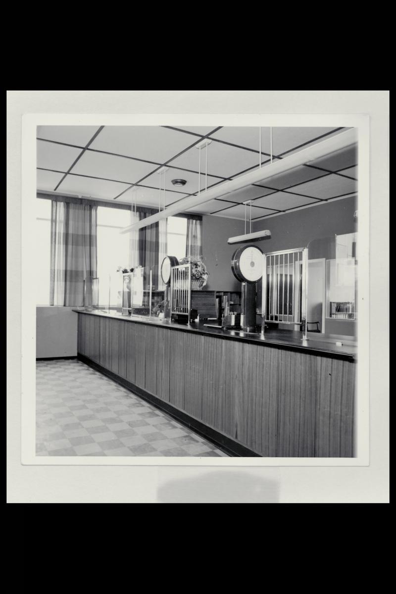 interiør, postkontor, 6200 Stranda, publikumshall