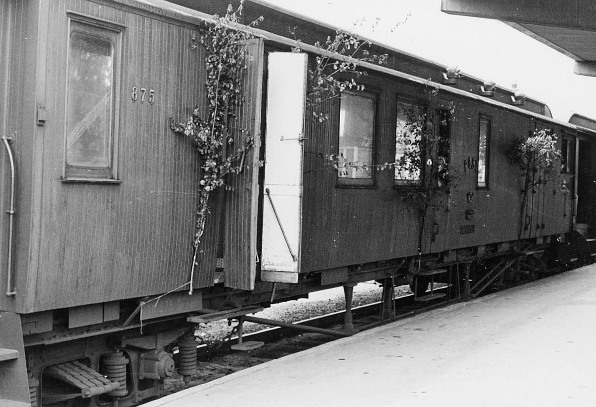 transport, tog, eksteriør, Randsfjordbanen, postekspedisjon, Drammen-Hønefoss