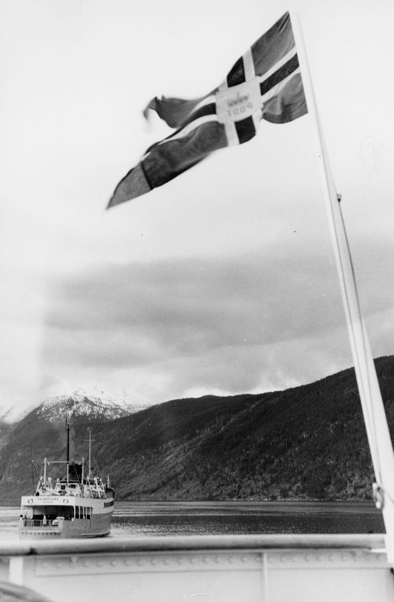 transport båt, eksteriør, flagg med postemblem