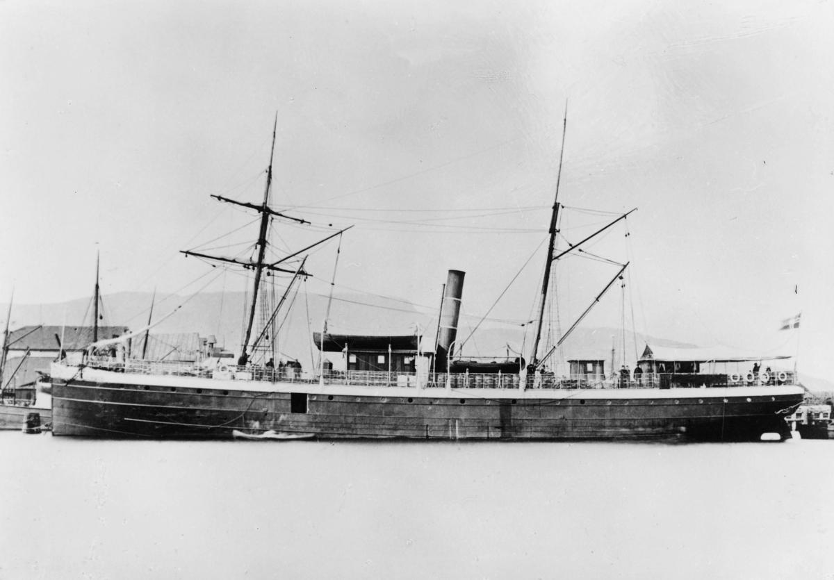 transport båt, eksteriør, D.S. Kong Halfdan
