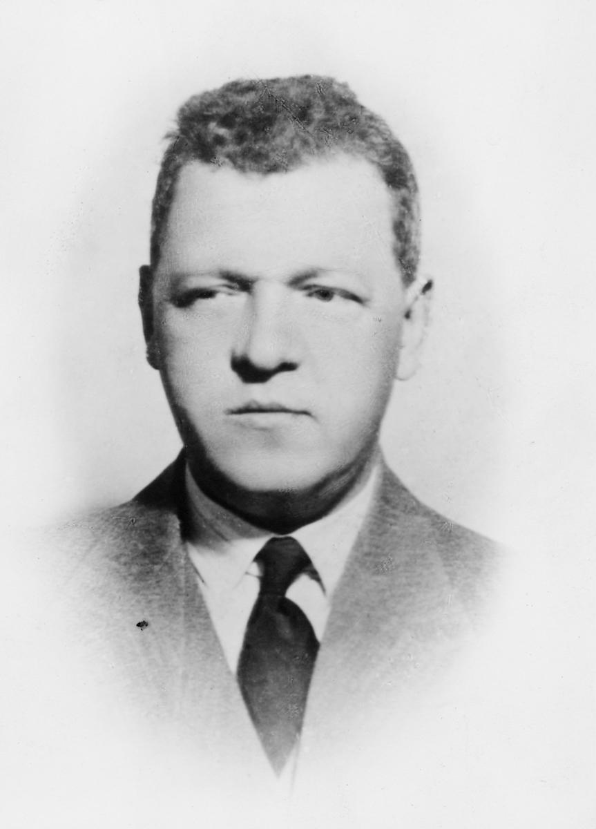 postmester, Vaagnes Ole Johan, portrett