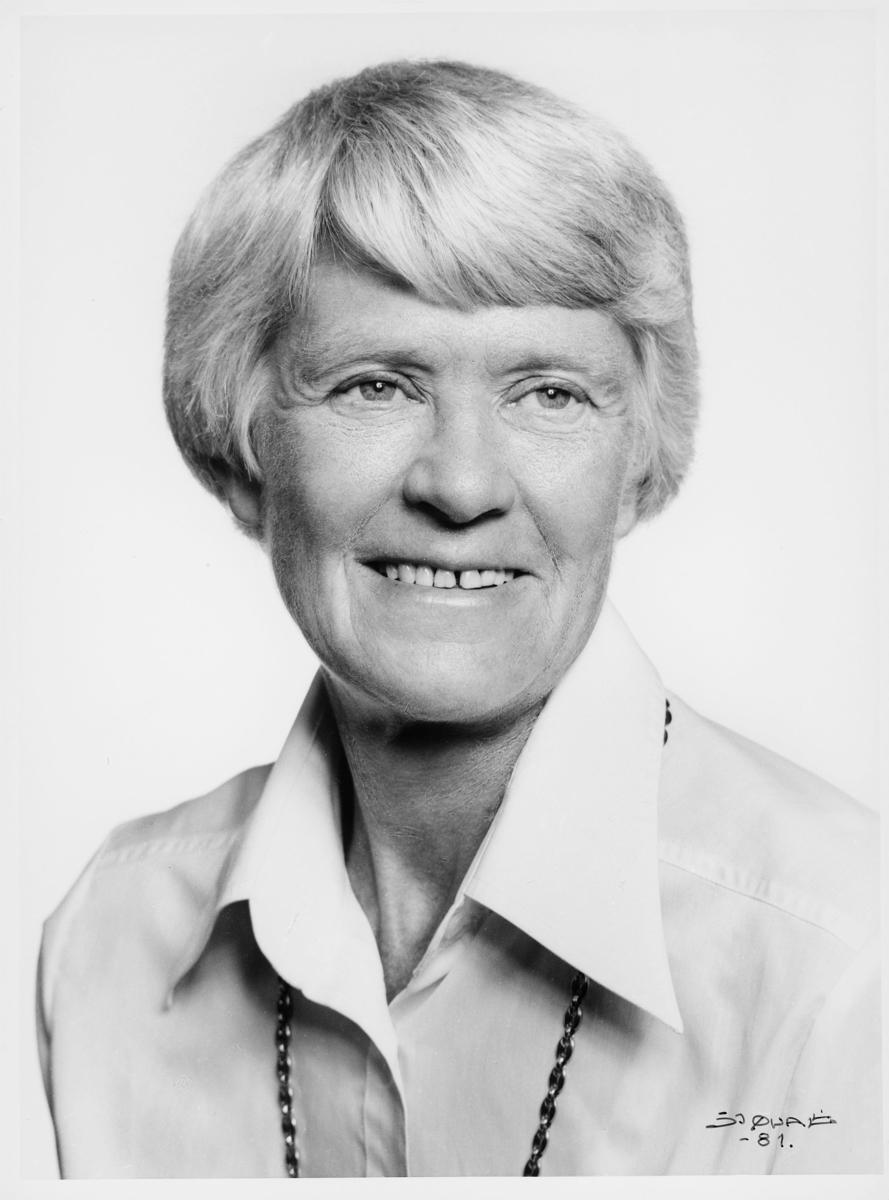 postsjef, Rongen Aashild, portrett
