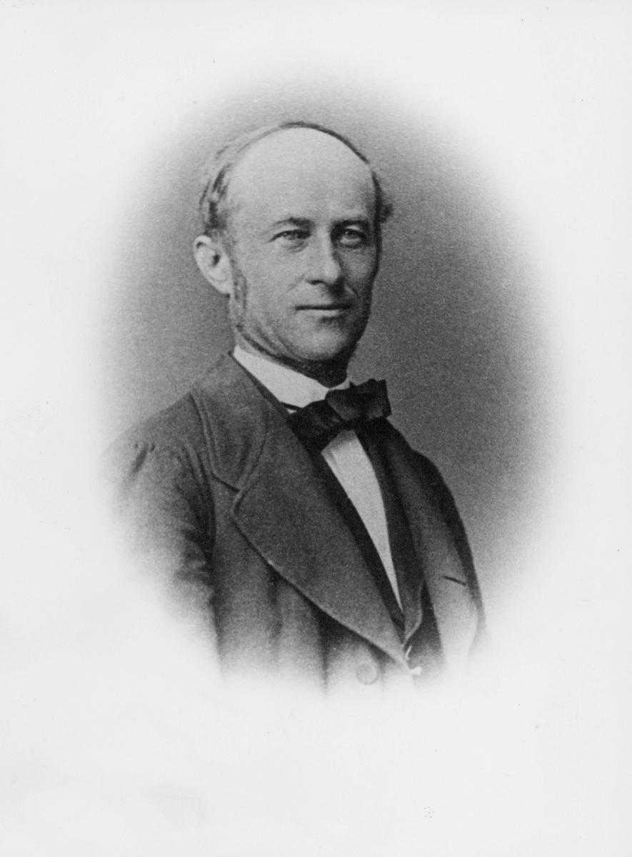 portrett, mann, kgl. fuldm. Jens Henrik Beer