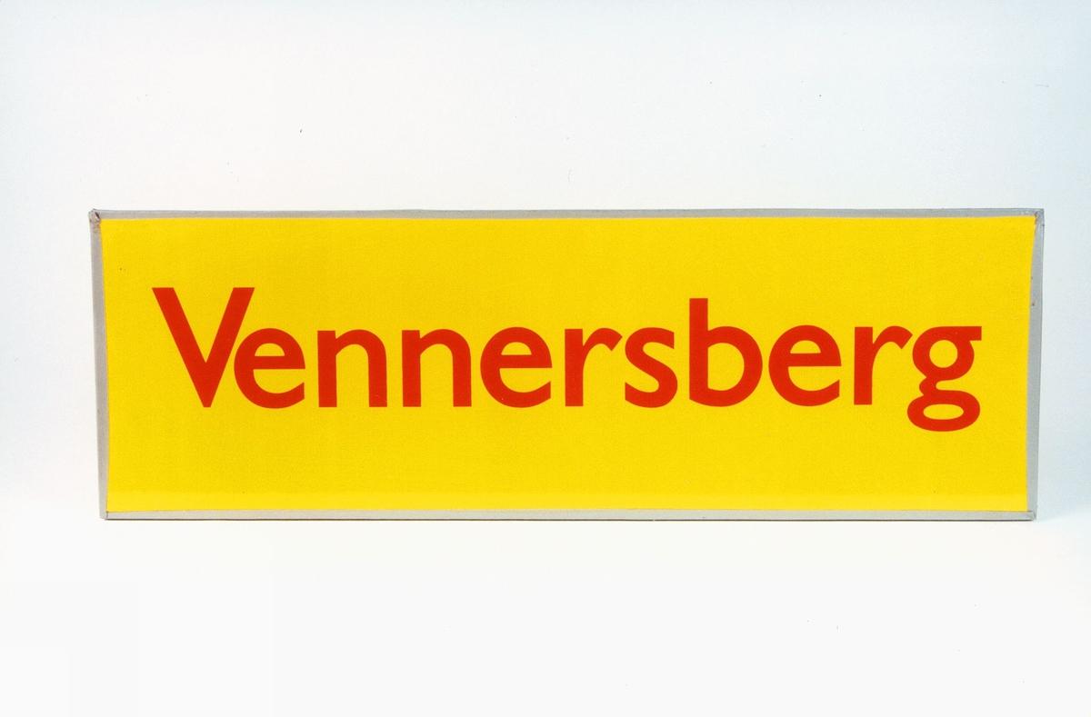 Postmuseet, gjenstander, skilt, stedskilt, stedsnavn, Vennersberg.