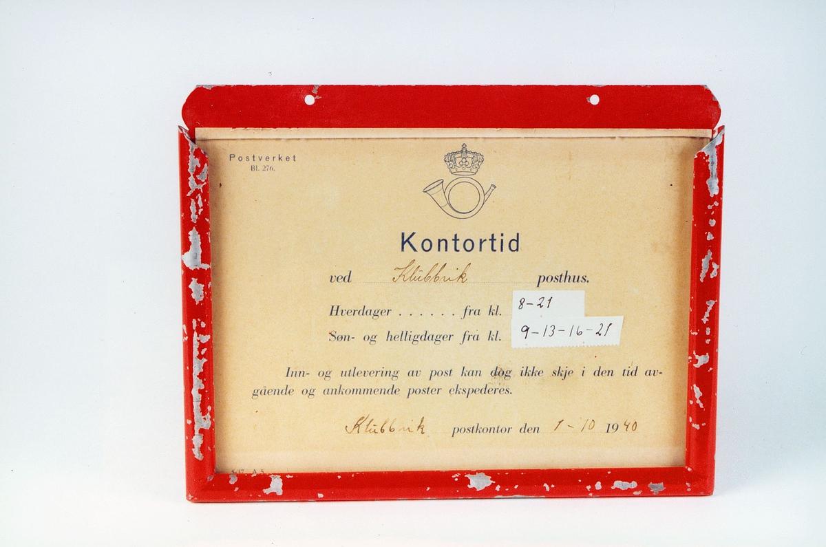 Postmuseet, gjenstander, skilt, opplysningsskilt, kontortidsplakat, kontortid ved Klubbvik posthus.