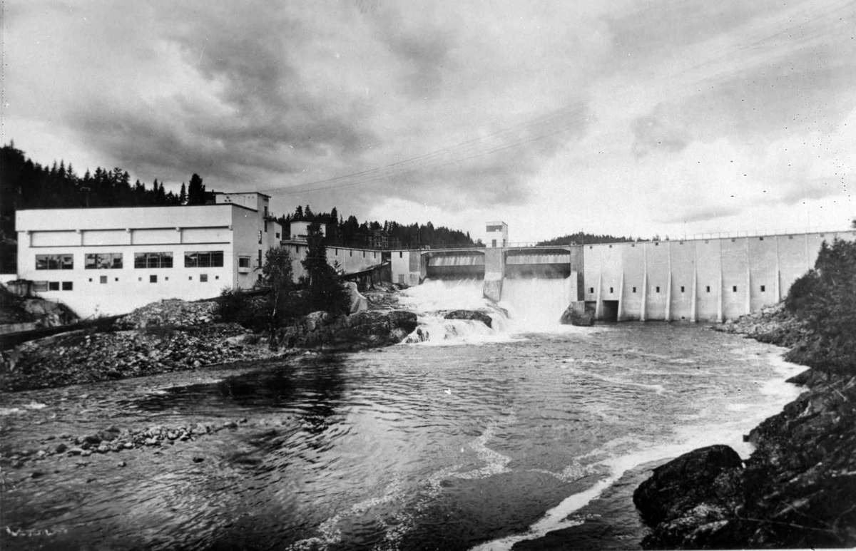 Åmlibilder samlet av Åmli historielag Evenstad kraftstasjon