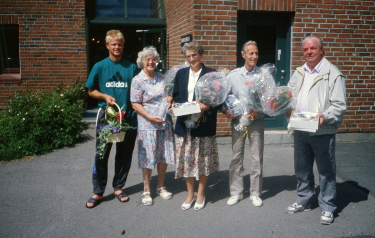 Påskjønnelse ved Romerike Energi. Fra v.: Dennis, Gerd, Tonny, Asbjørn O, Asbjørn K.