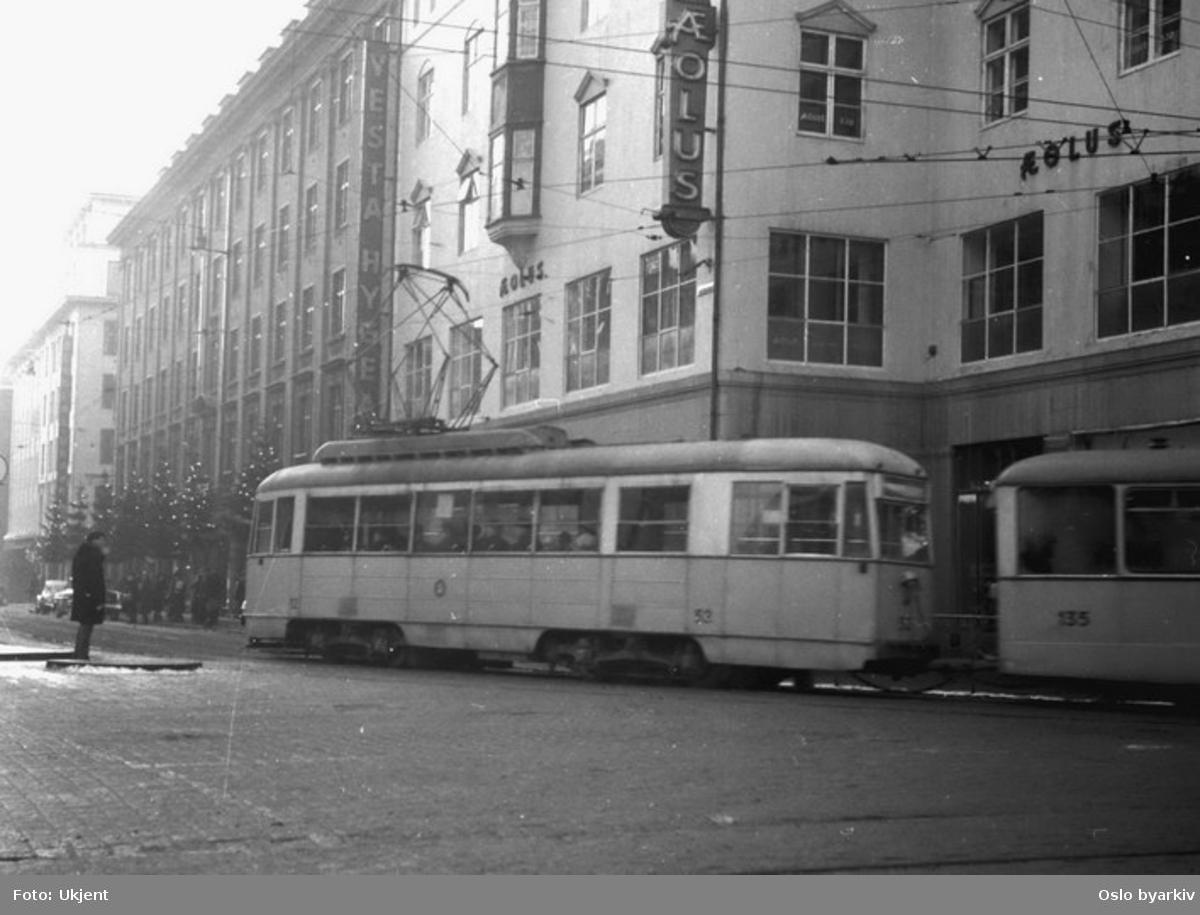 Bergen Sporvei, linje 1, til Engen, vogn 53-135.
