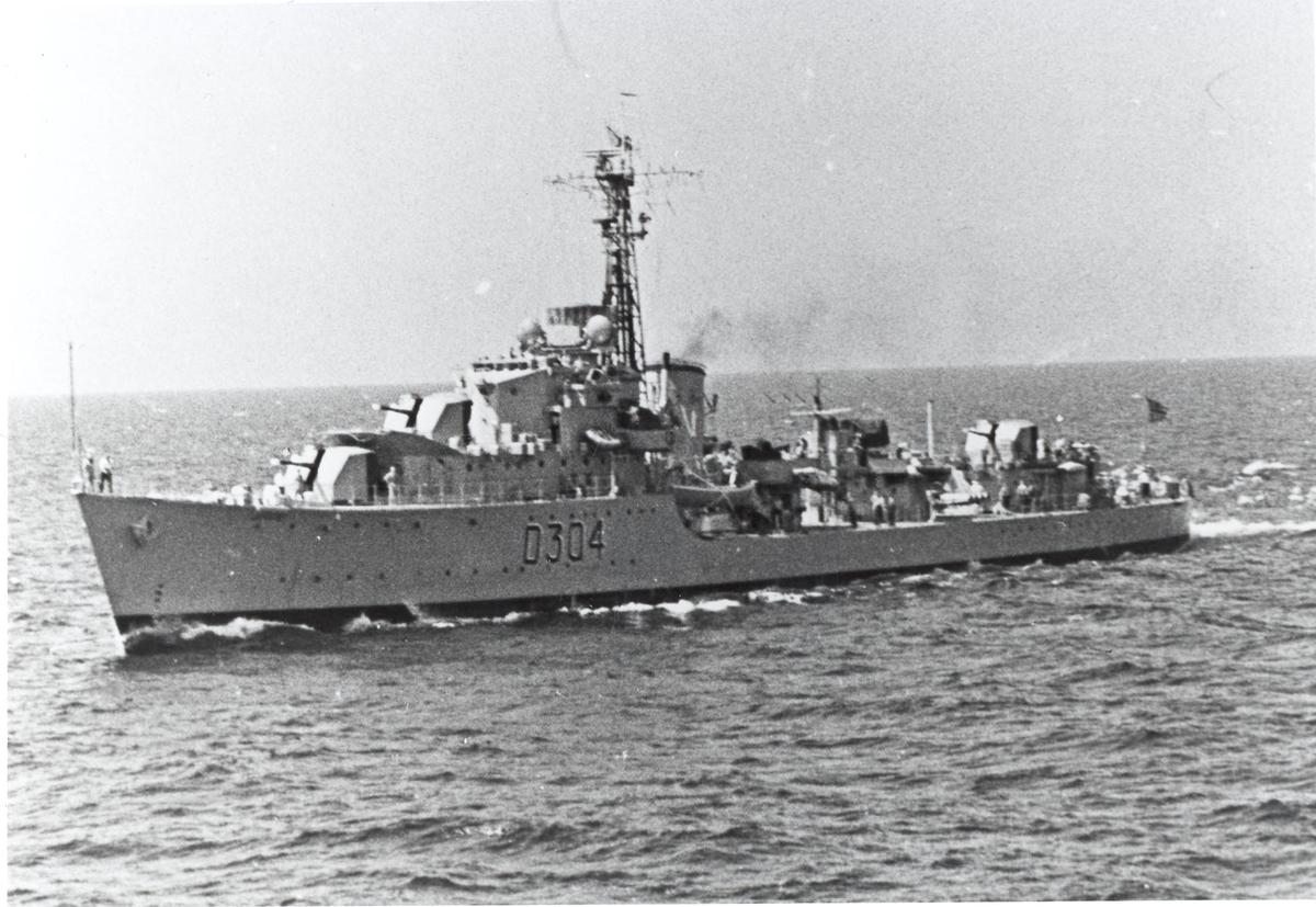 Jageren KNM Bergen, babord side