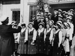 Ottestad blandede kor, konsert utenfor Ottestad menighetshus