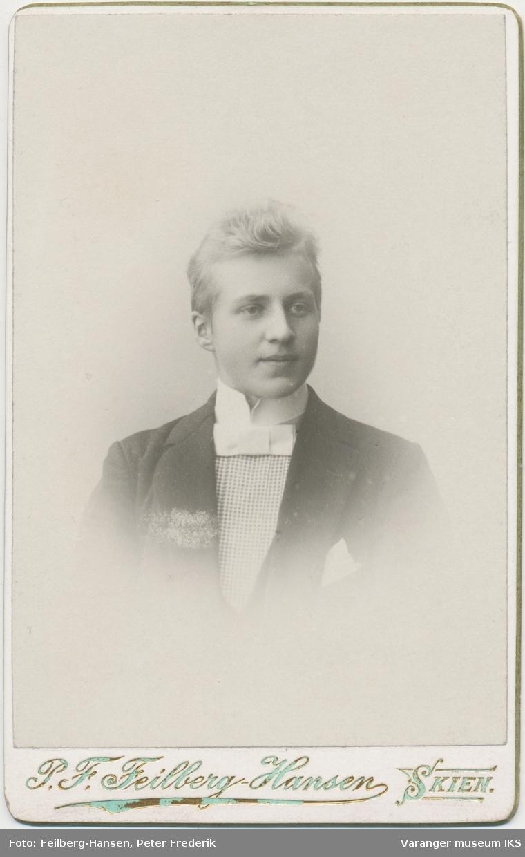 Portrett, ung mann, 1899