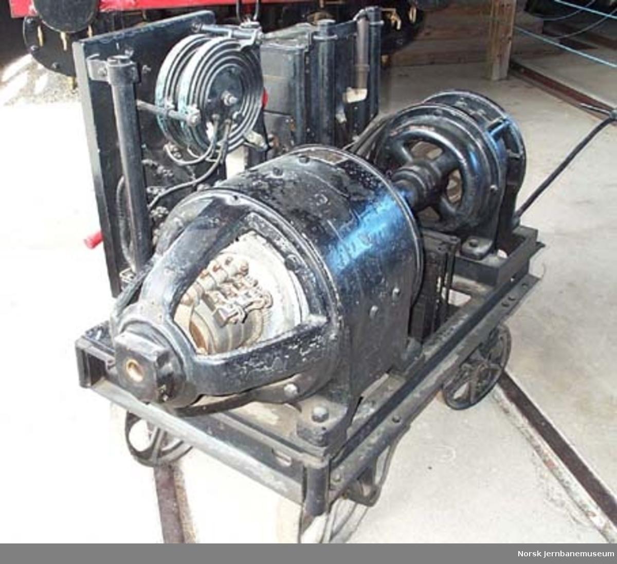 Transportabelt sveiseapparat med fire hjul