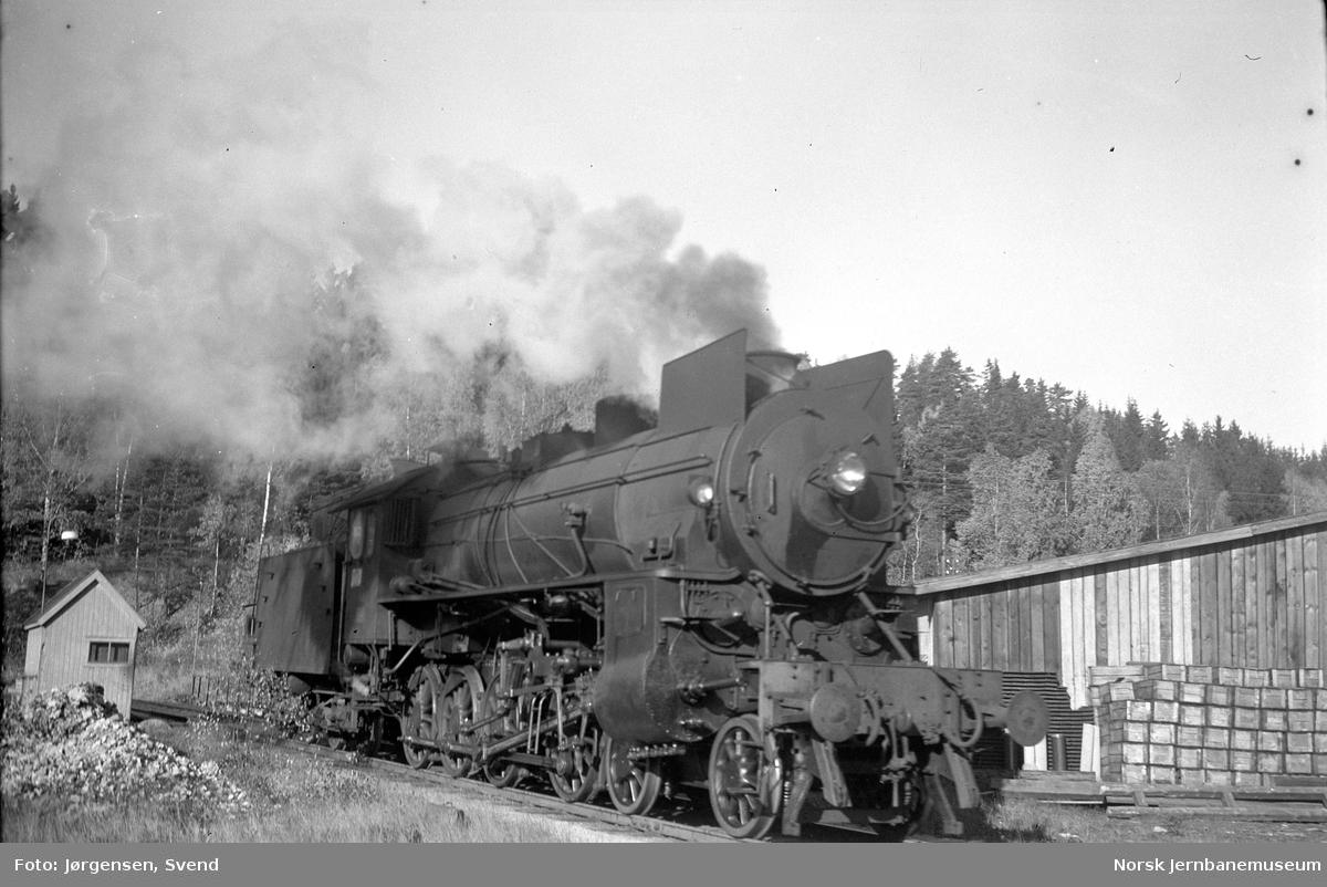NSB damplok type 31b på Hønefoss stasjon