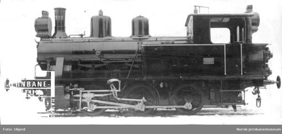 Damplokomotiv type 25a nr. 325 ved levering