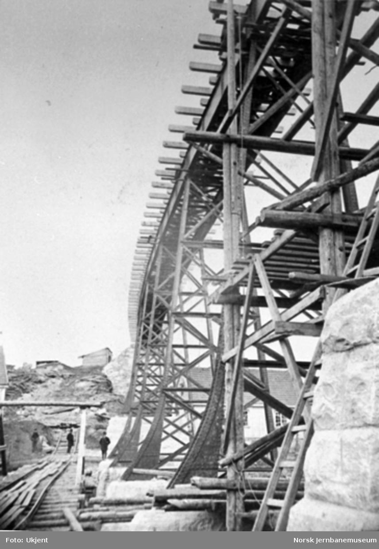 Hølen viadukt under bygging