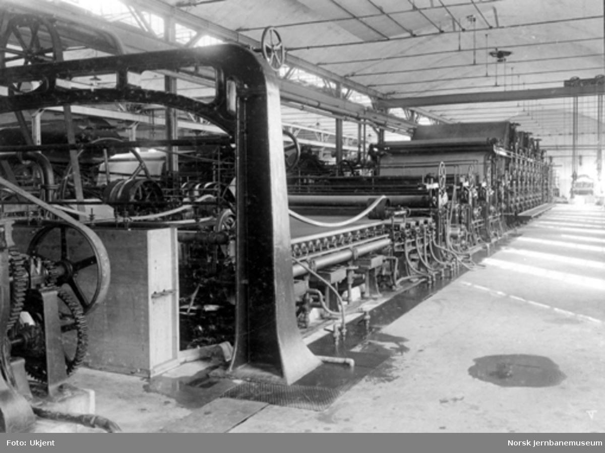 Papirmaskin på Thunes mekaniske værksted
