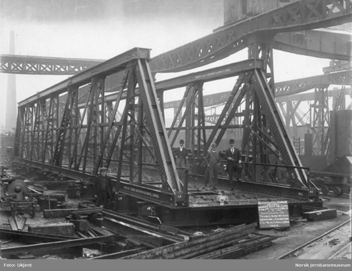 Leveransefoto av bru fra Thames Iron Works Shipbuilding & Engineering Co. til Norsk Hoved-Jernbane : bru over Andelva nr. 6