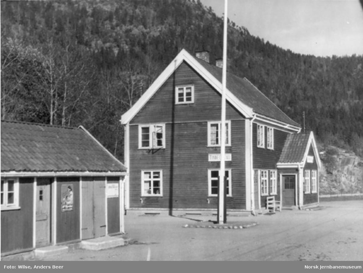 Tinnegrend stasjonsbygning