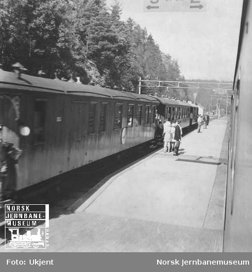 Museumstog på Setesdalsbanen på Grovane stasjon