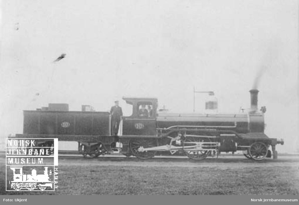 Hovedbanens damplokomotiv litra B2 nr. 10