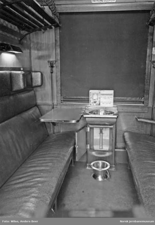 Interiørbilde fra mødrekupé i personvogn litra CFo