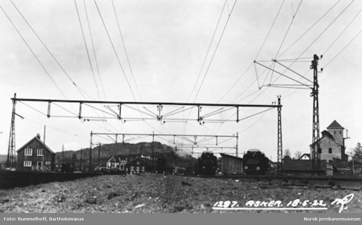 Drammenbanens elektrifisering : kontaktledningsanlegget på Asker stasjon
