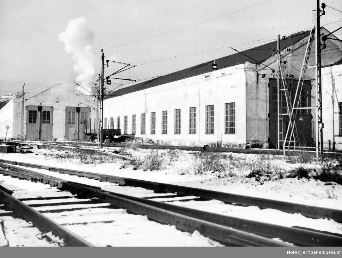 NSB Verkstedet Narvik : lokomotivstall II og III