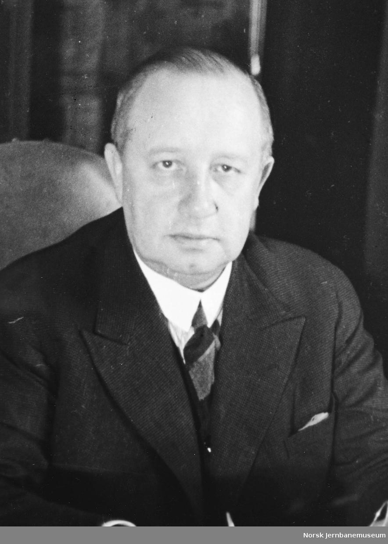 Portrett av generaldirektør Waldemar Hoff