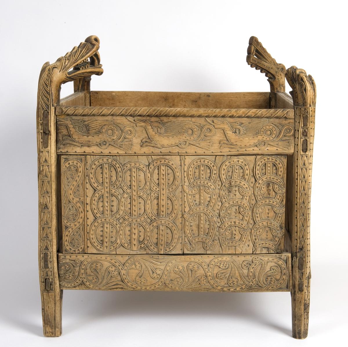 Koszyk na nici. ok 1440r. Anne-Lise Reinsfelt / Norsk Folkemuseum