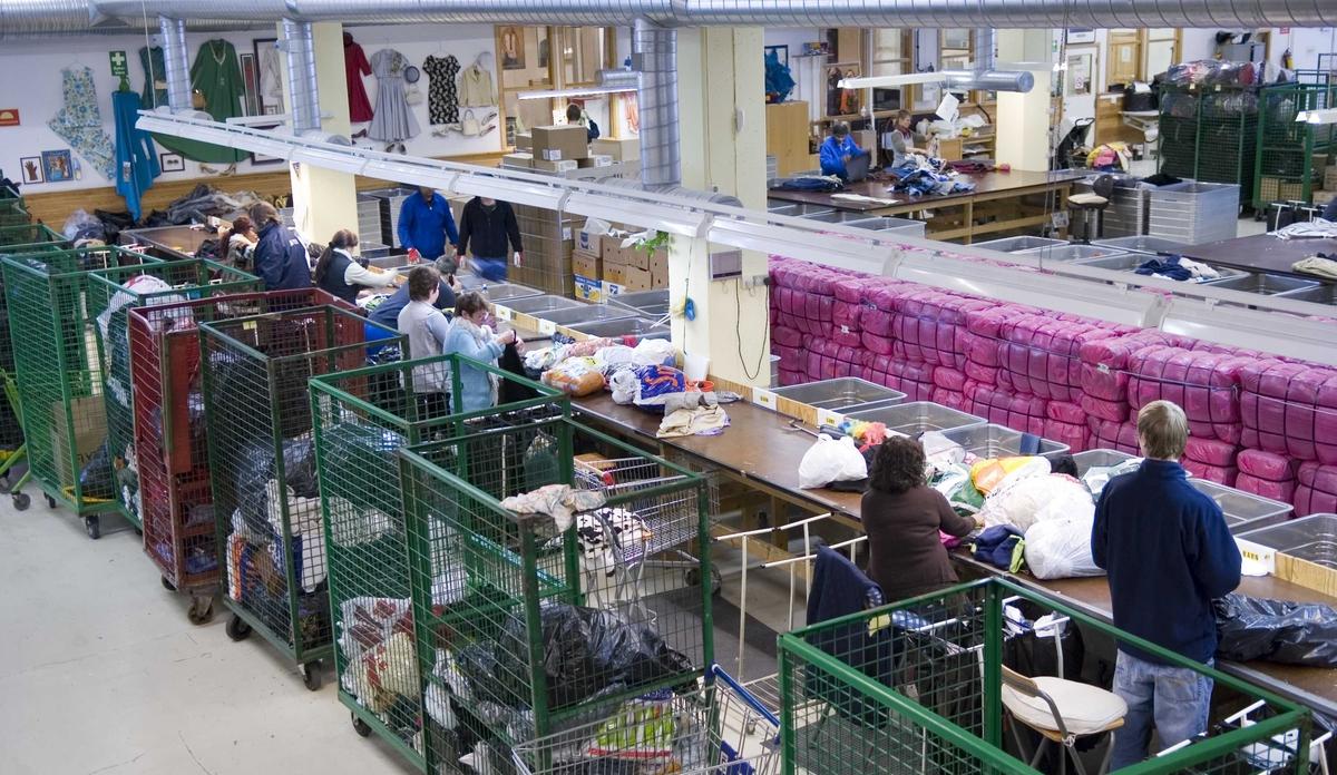 """Fretexavdelingen, sorteringshallen, Ole Deviks vei 50, 0668 Oslo Brukt i utstillingen """"Ingenting forsvinner"""""""