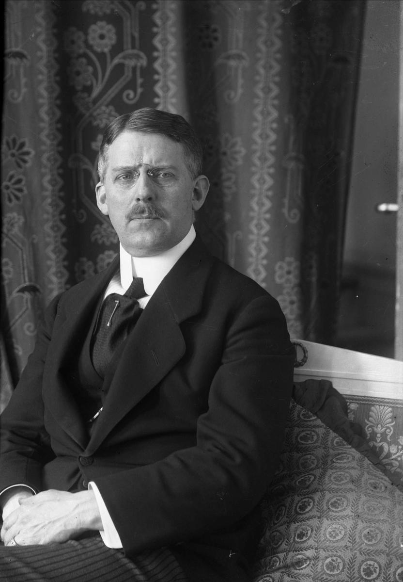 Borgen, Gustav (1865 - 1926)