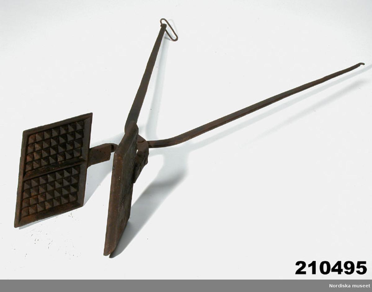 Våffeljärn Nordiska museet DigitaltMuseum