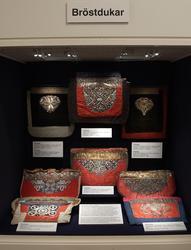 Dokumentation av utställningen Skånska textilier på Textilmu