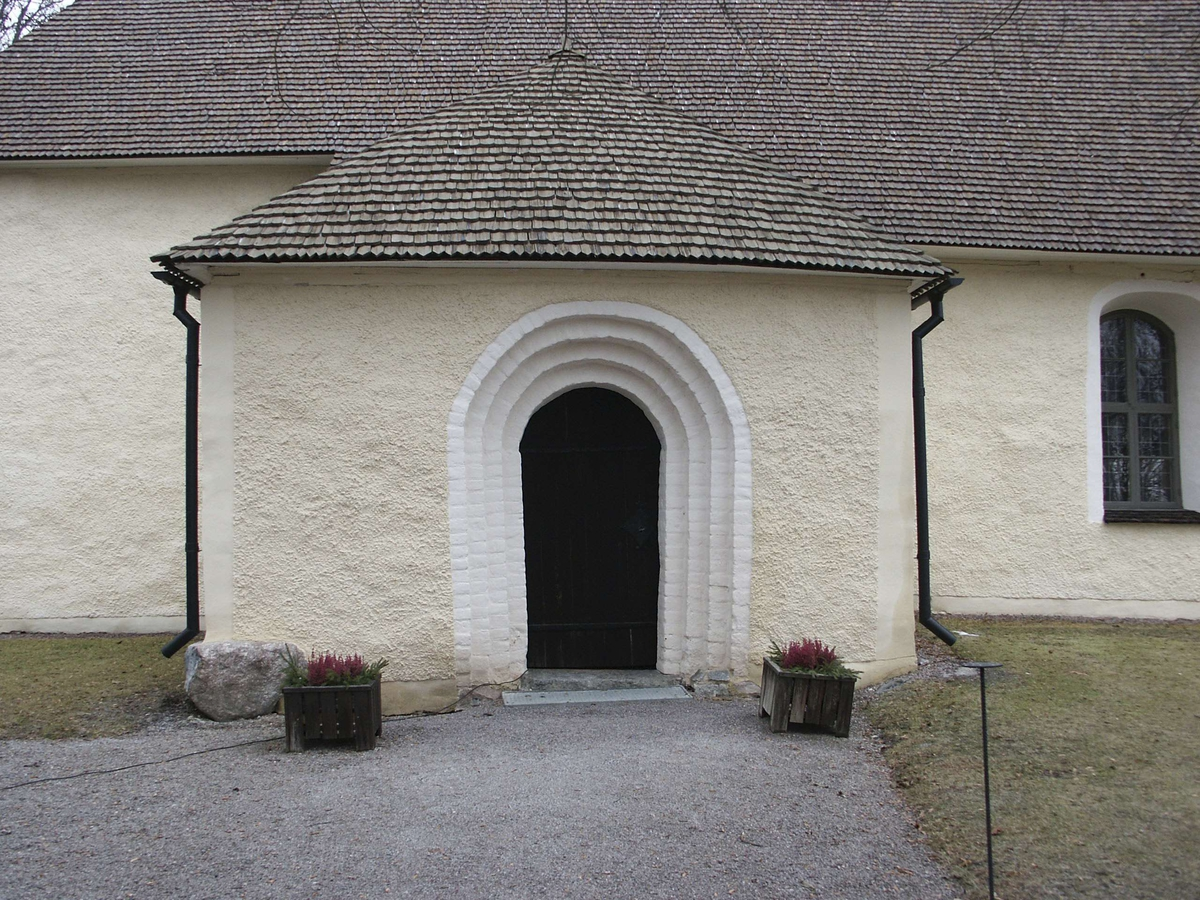 Gryta kyrka, Gryta socken, Uppland november 2002