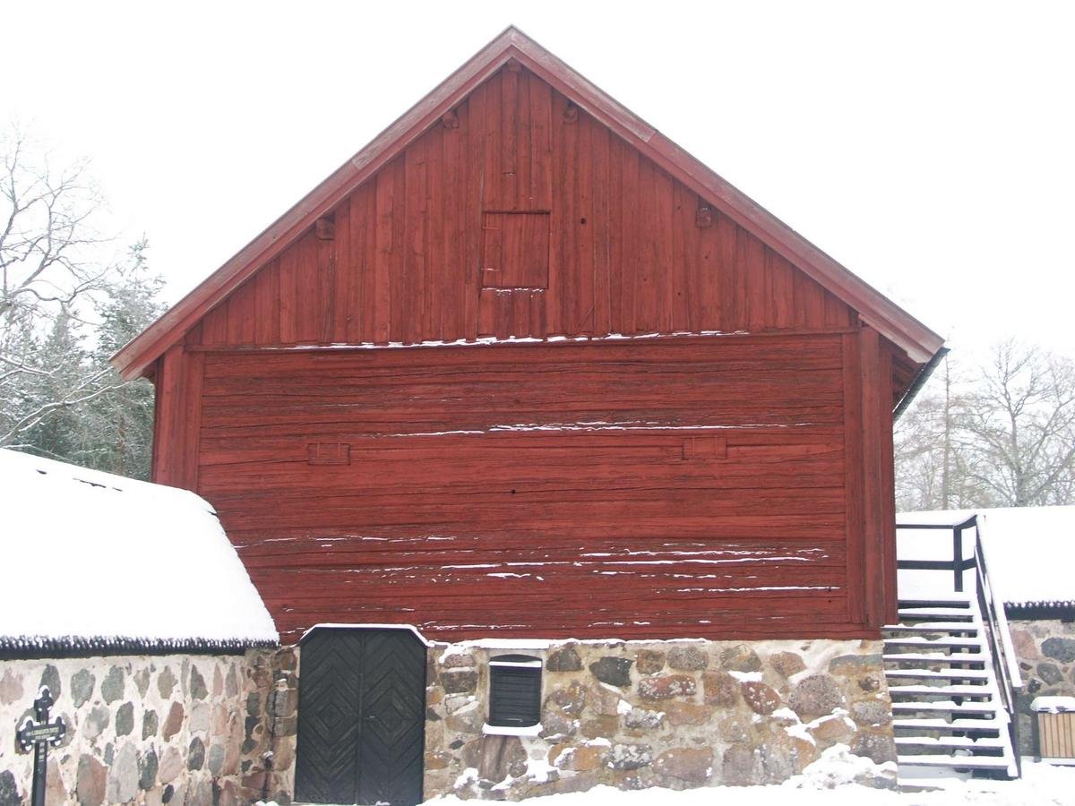 Tiondebod vid Vendels kyrka, Vendels socken, Uppland 2005