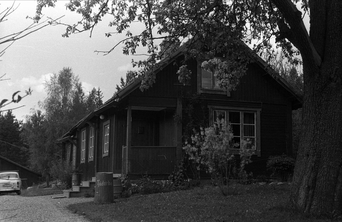 Bostadshus, Tjäderbo, Björklinge socken, Uppland