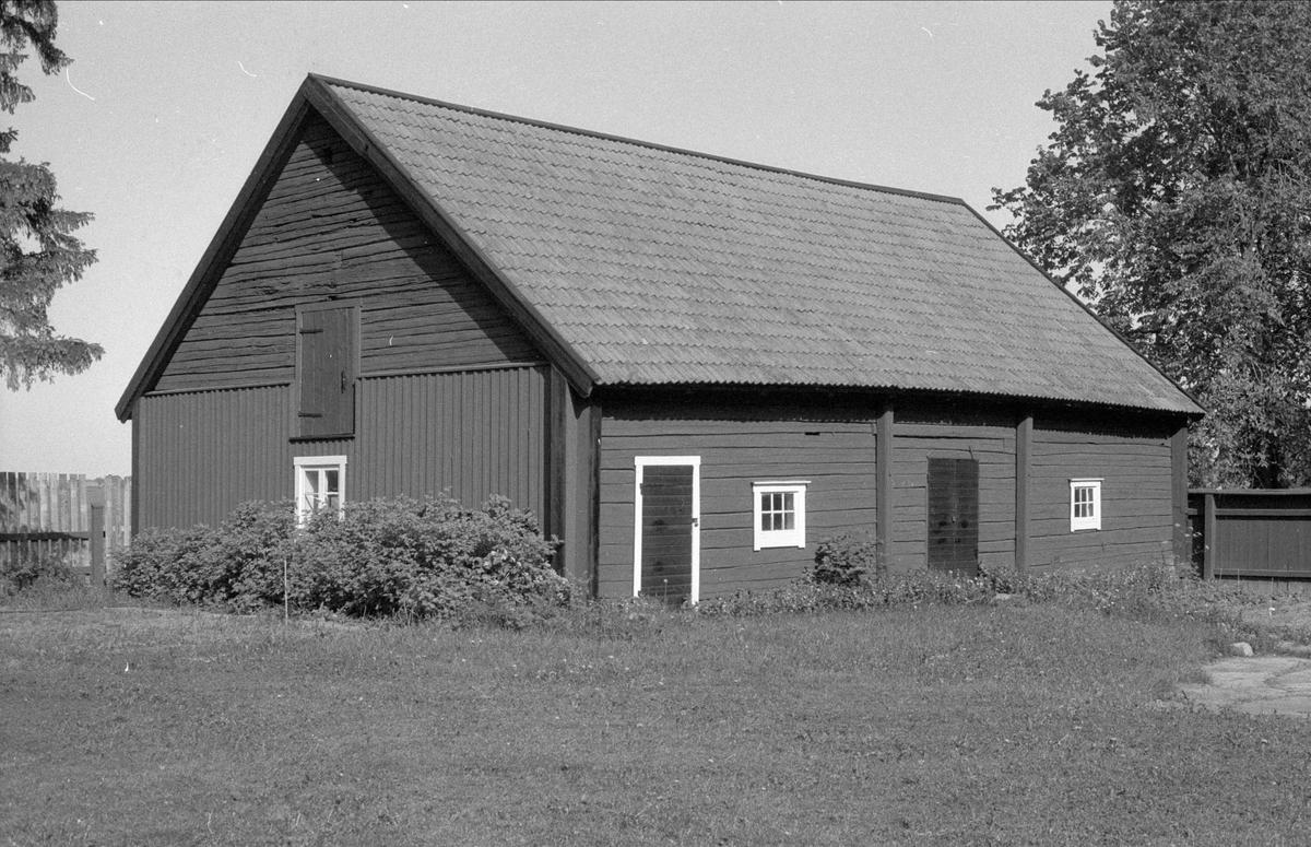 Ladugård, Ulva kvarn, Ulva, Bälinge socken, Uppland 1983