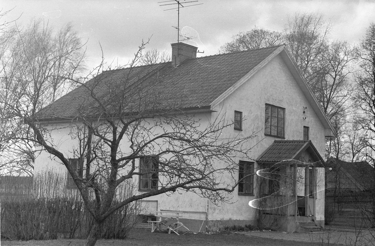 Arbetarbostad, Uggelsta 1:1, Uggelsta, Lena socken, Uppland 1977
