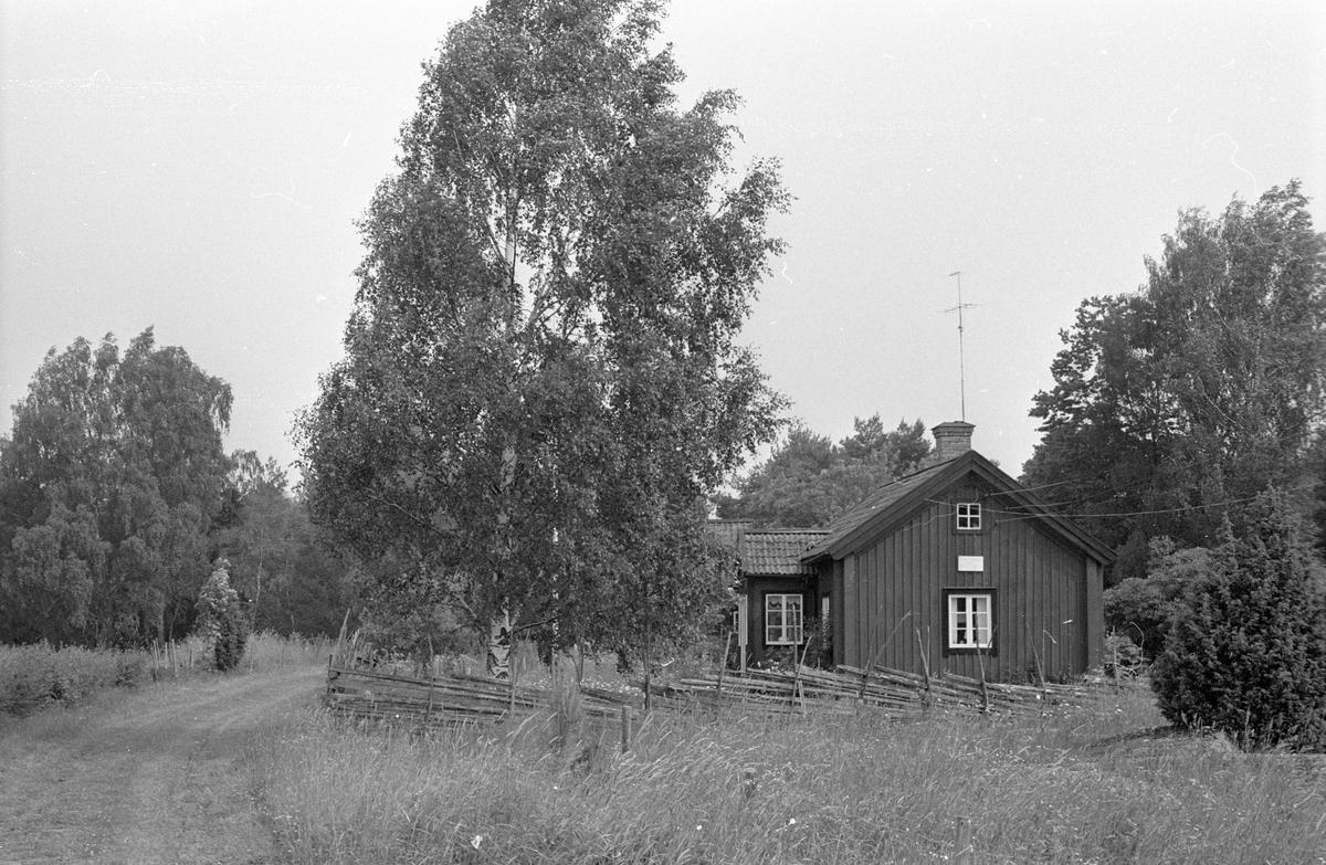 Bostadshus, Faringe 3:4, Faringe, Faringe socken, Uppland 1987.