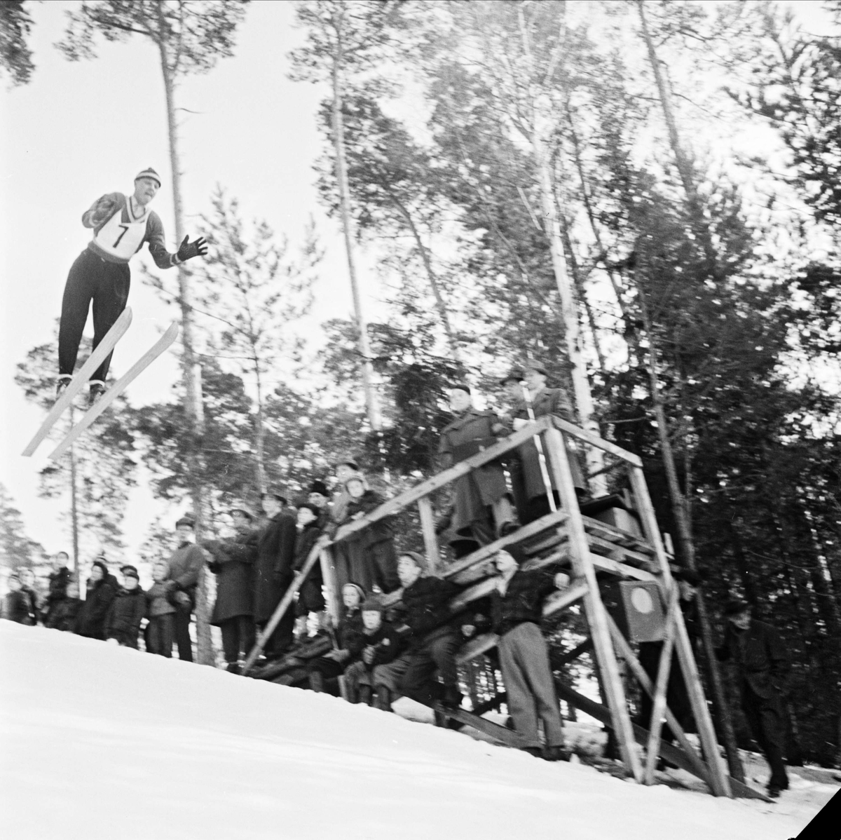Backhoppning i Sunnerstabacken, Uppsala mars 1954