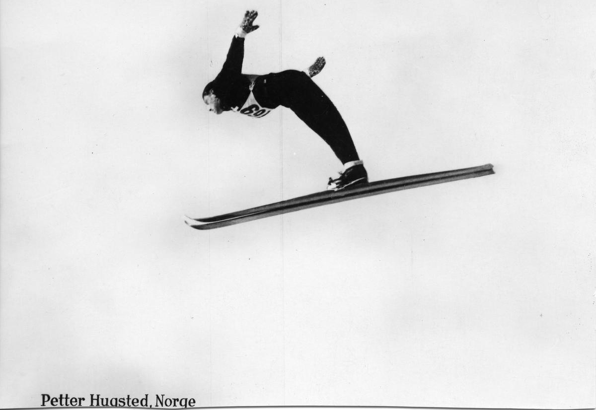 Petter Hugsted fra Norge i svevet. The Norwegian ski jumper Petter Hugsted.