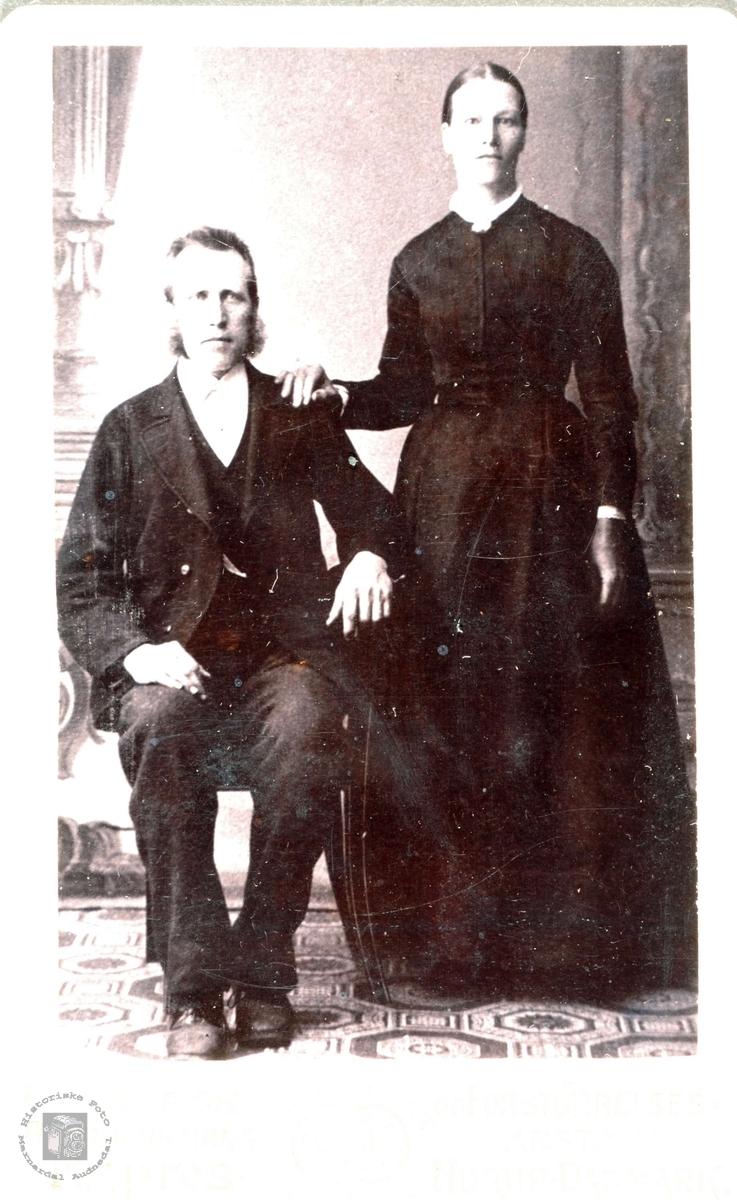 Brudeparet Torstein og Randi Botnan i Grindheim.