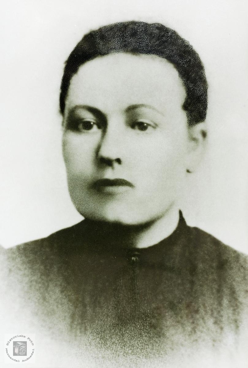 Portrett av Torborg Vormeli fra Åseral.