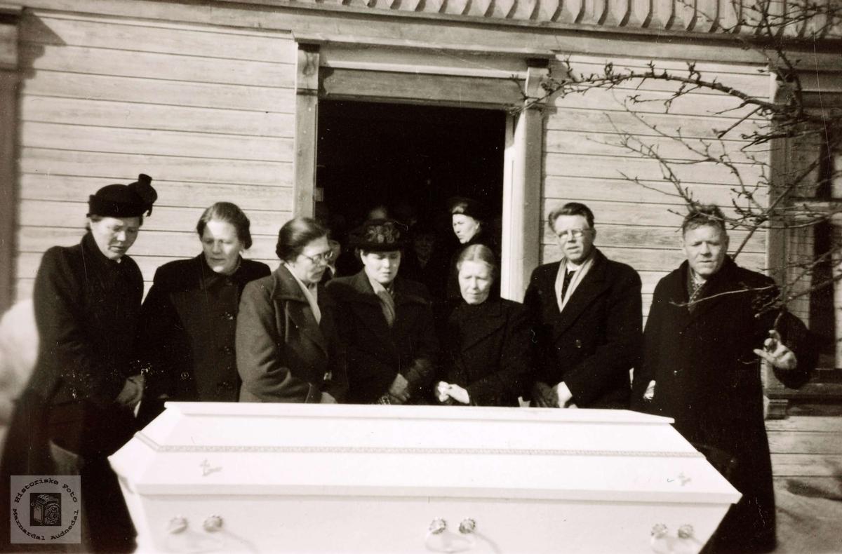 Begravelse til Tobias Torkelson Høyland.