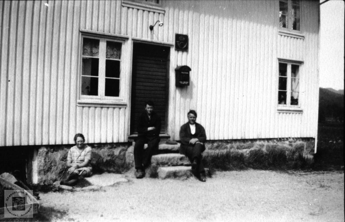 Posthuset på Laudal. Vollen