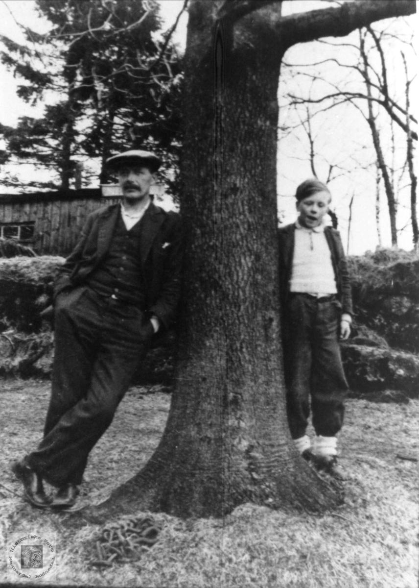Far og sønn, Kristen og Nils Grimestad, Øyslebø.