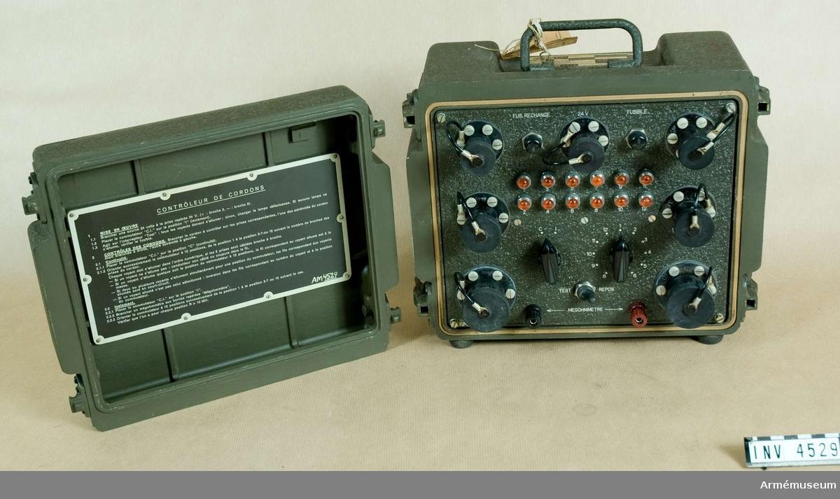 Kontrollinstrument, kabel- t robotsystem 52 (typ 564307).(M 3742-851910). Tillv. av  Nord Aviation, 12 Rue Béranger, Chatillon S/Bagneux, (Seine), Frankrike.