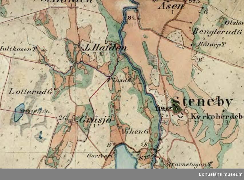 Detalj av Häradsekonomiska kartan 1890-97 som visar den tidigare vägsträckningen mellan Gråsjö (nu Skogen) och Lilla Havden. Strax norr om det östra åkerstycket till Lotterud och strax öster om landsvägen låg Buskerud. Rikets allmänna kartverks arkiv.